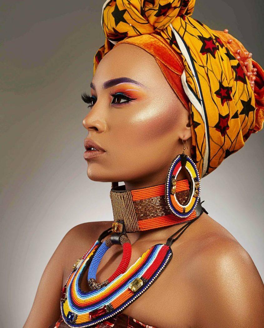 design élégant matériau sélectionné énorme inventaire Le foulard africain : d'hier à aujourd'hui - Tissuwax.com
