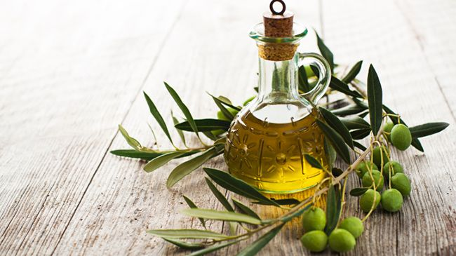 pre-poo-huile-olive